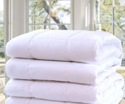 Soft as down hungarian fibre-ball duvet